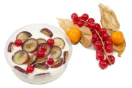 2311Z-Naturjoghurt mit frischen Früchten und Honig 160ml