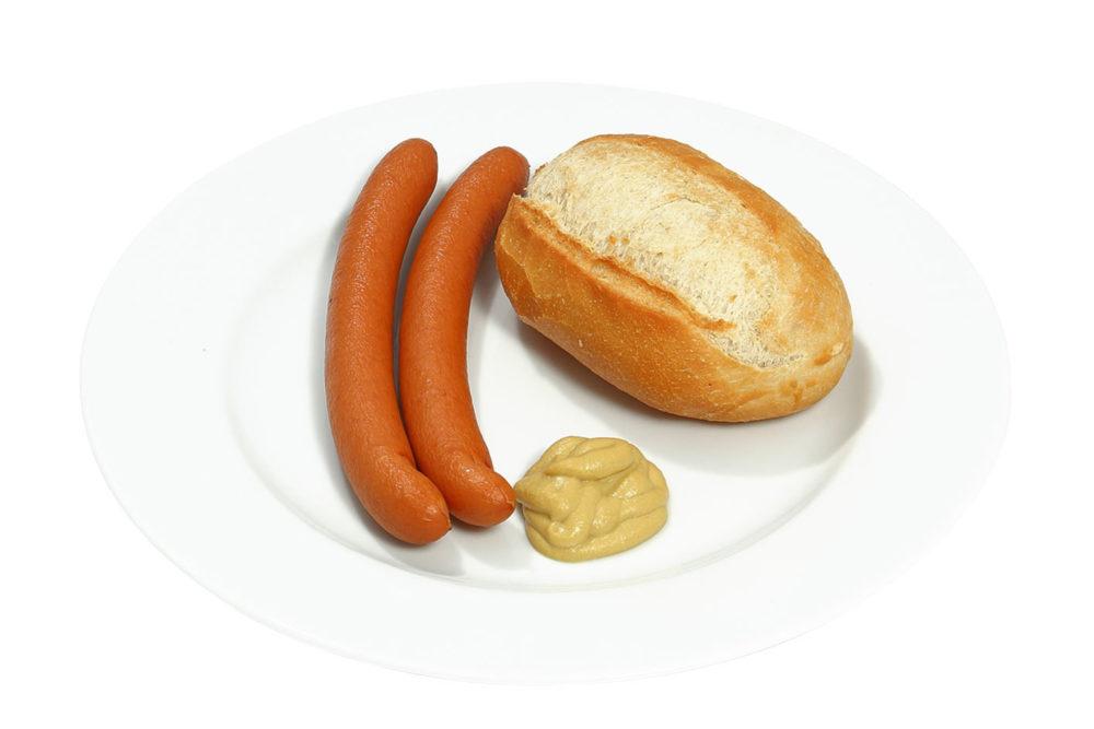 Paar Wiener mit Senf