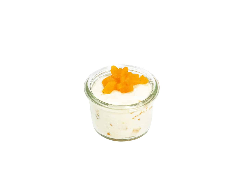 Quarkcreme mit Pfirsichstückchen