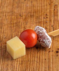Salami-Käse Spießchen mit Cherrytomate