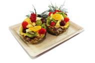 07042 Ananasschiffchen mit Früchten der Saison
