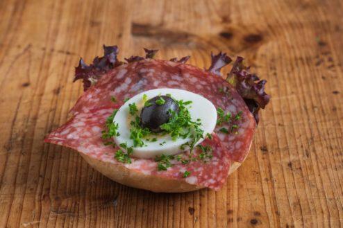 Mini Brötchen mit italienischer Salami