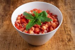 2,5 l Tomaten-Zwiebel Salat