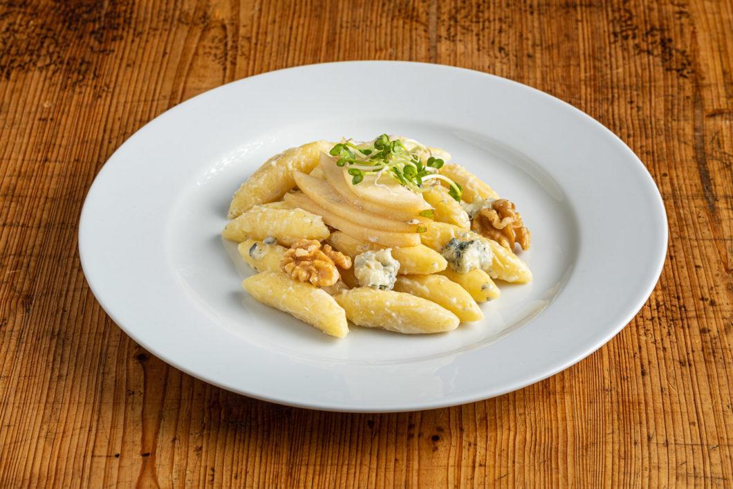 Schupfnudeln mit Gorgonzola-Walnuss